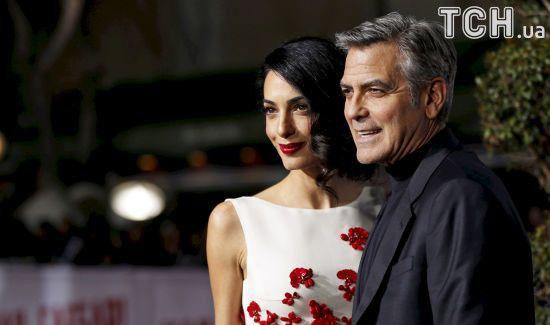 Двійнята Джорджа та Амаль Клуні з'явилися на світ в королівській клініці Лондона