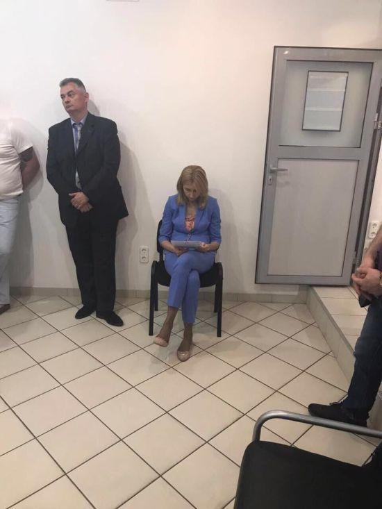 Луценко розповів подробиці гучного затримання на хабарі посадової особи Фонду гарантування вкладів