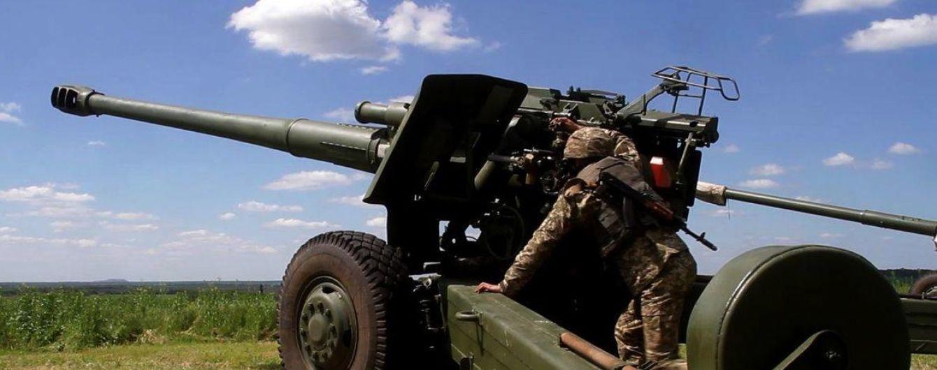 Миру на Донбасі немає. У Мінську обговорили звільнення полонених, а ОБСЄ обіцяє розширити моніторинг