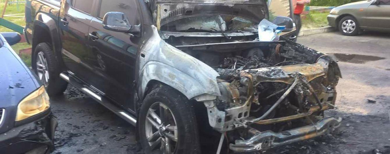 У Луцьку невідомі підпалили авто нардепа