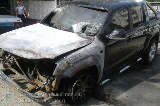 Згоріла машина депутата Лапіна була задекларована з дивною ціною