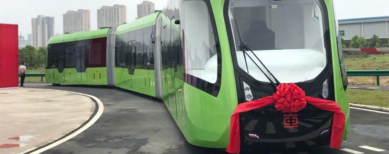 В Китае появился поезд на виртуальных рельсах