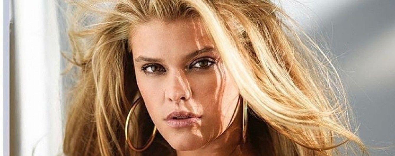Сексуальная блондинка: экс-девушка Ди Каприо выложила откровенное фото в нижнем белье