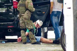 КОРД и оружие: в Одессе после задержания госпитализировали подозреваемых грабителей - СМИ