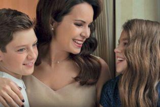 Лілія Подкопаєва показала підрослих дітей в родинній фотосесії