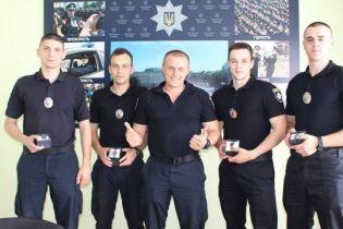 У Луцьку нагородили патрульних, які врятували 21-річного невдаху-самогубця