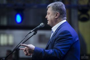Порошенко розповів, скільки бойовиків та військових РФ перебуває на Донбасі