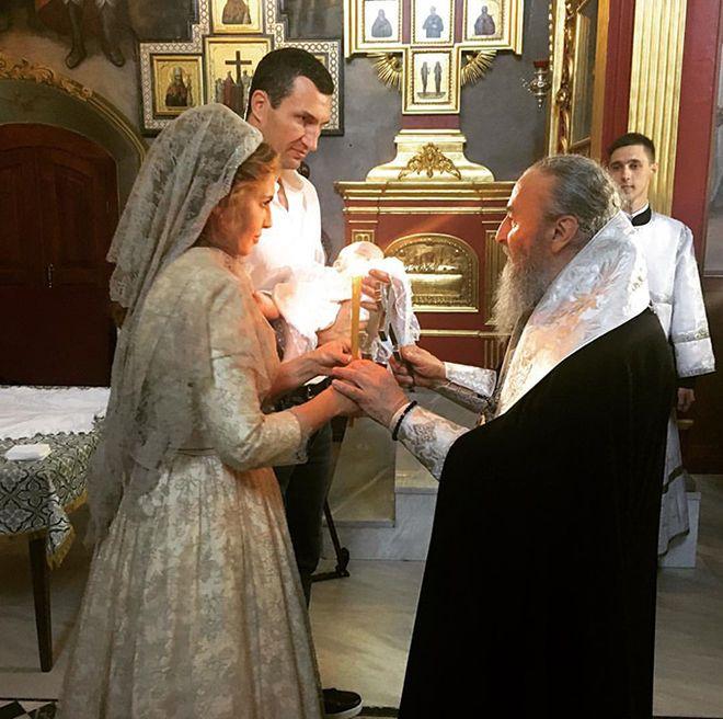 Кличко і Оксана Марченко хрестять дитину