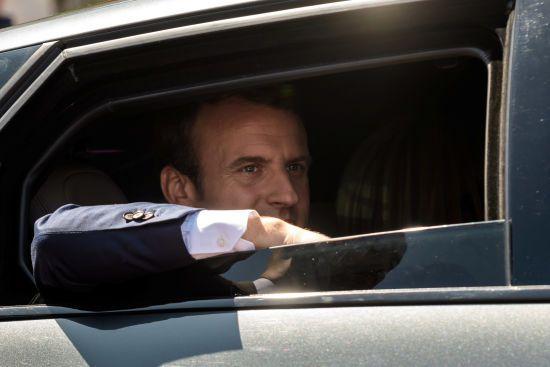 На виборах у Франції прихильники Макрона набрали 32% голосів - екзит-поли