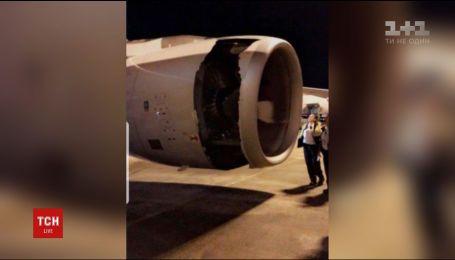 На честном слове и с пробитым двигателем самолет вернулся в аэропорт Сиднея