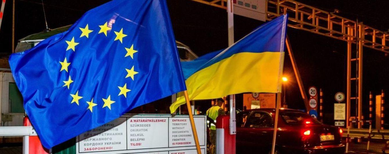 Українці не мають чекати в черзі. МЗС вирішуватиме проблеми з очікуванням на кордоні з ЄС