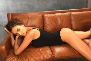 В отличной форме: Ирина Шейк поделилась с поклонниками снимком в купальнике