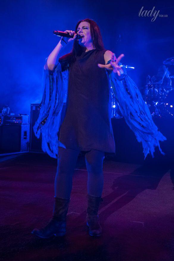Солистка группы Evanescence Эми Ли_7