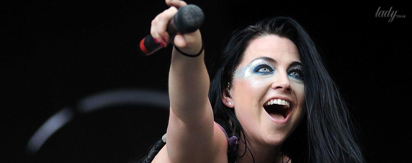 7 эффектных образов солистки группы Evanescence Эми Ли
