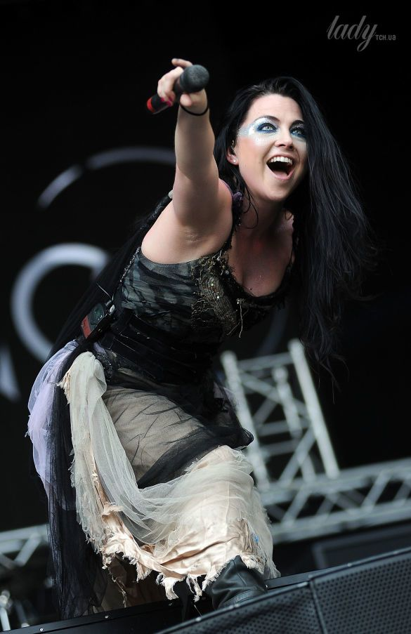 Солистка группы Evanescence Эми Ли_3