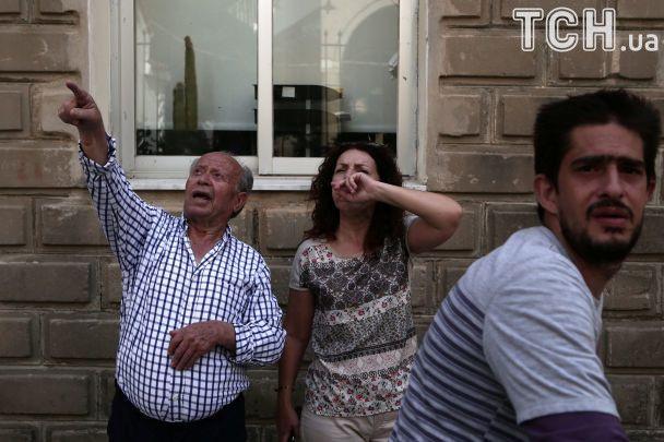 Разрушенные дома и мощные толчки. Запад Турции и греческий Лесбос сотрясло землетрясение