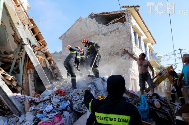 Зруйновані будинки та потужні поштовхи. Захід Туреччини та грецький Лесбос струсонув землетрус