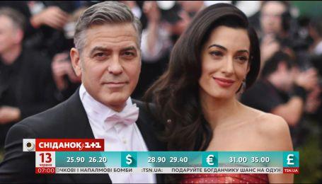 Джордж Клуні найняв охоронців для своїх новонароджених дітей