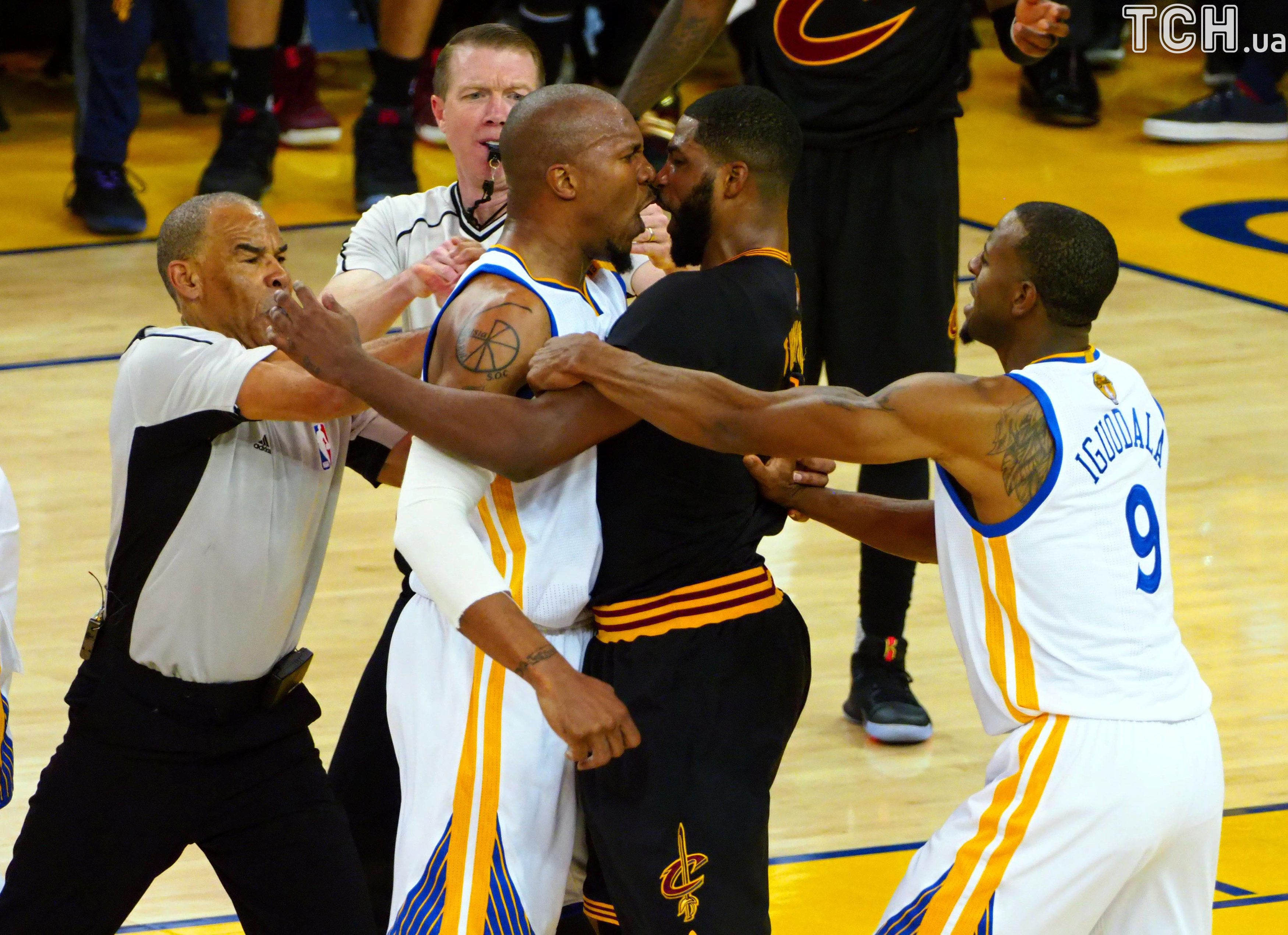 «Голден Стейт» вп'яте став чемпіоном НБА