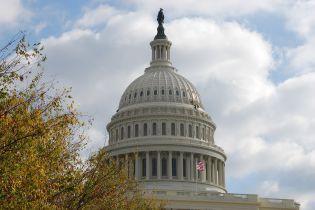 Комітет Сенату США зі збройних сил готовий надати Україні летальну зброю