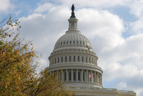 У Сенаті США озвучили умови отримання Україною летальної зброї