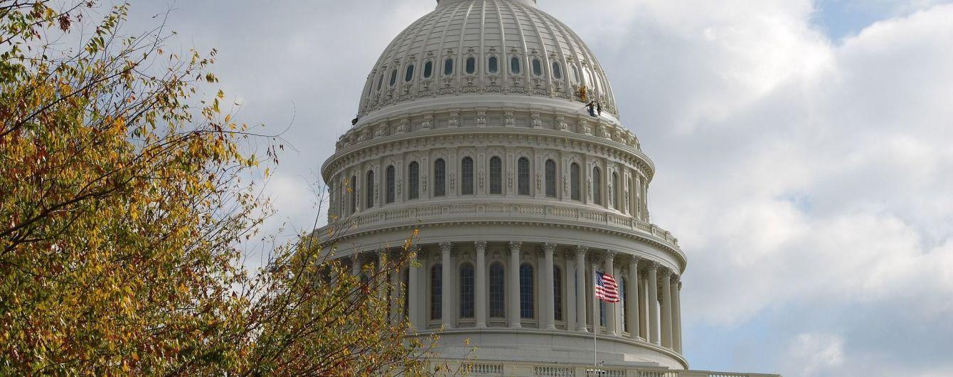 Сенат США почти единогласно проголосовал за расширение санкций против России
