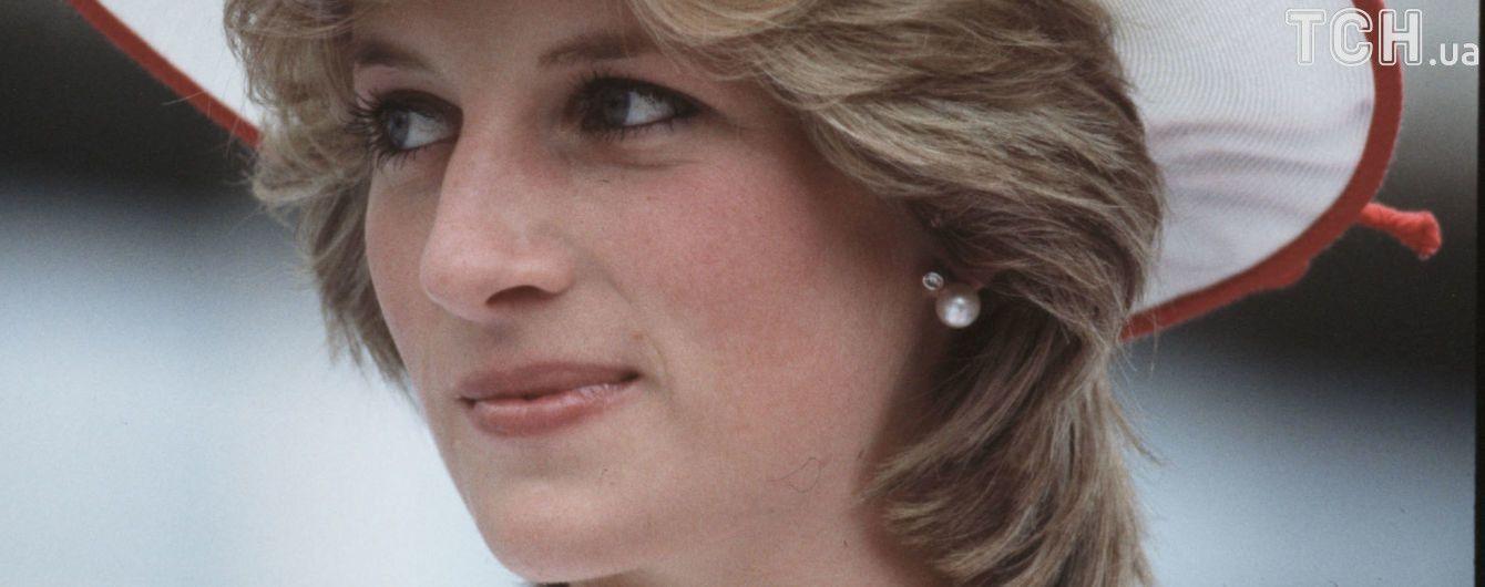 Беременной Уильямом, я бросилась с лестницы. Обнародованы воспоминания принцессы Дианы о равнодушии мужа
