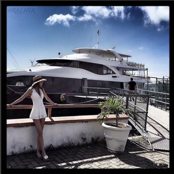 Богатая жизнь: золотая молодежь Гонконга купается в шампанском и кичится яхтами