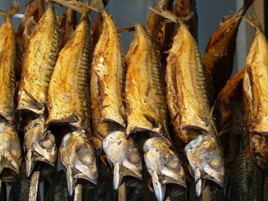У Львові назвали причину масового отруєння людей копченою рибою