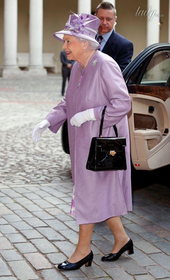 Королева Елизавета II_5