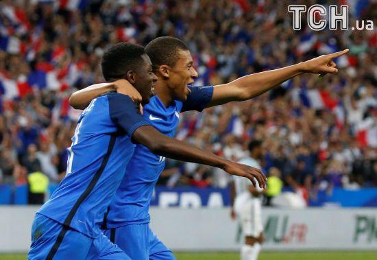 "Збірна Франції в гольовій ""перестрілці"" обіграла Англію"