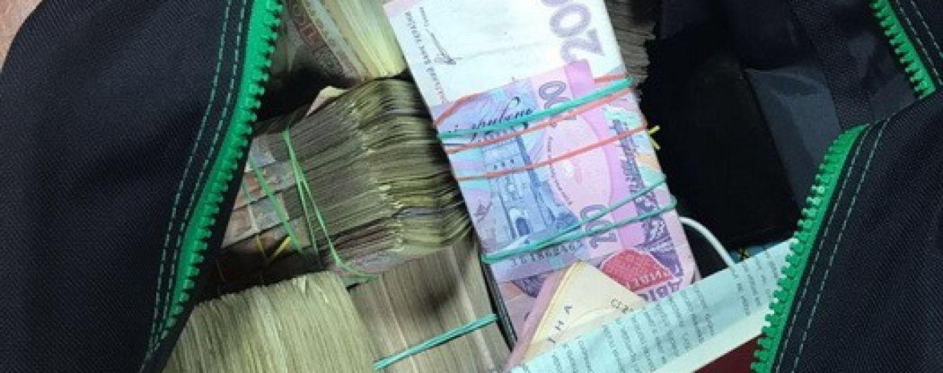 """""""Черная касса Энергосбыта"""": филиал Укрзализныци разоблачили в масштабной коррупционной схеме"""