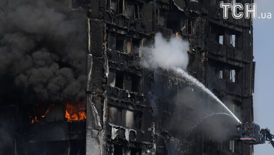 Пекельна пожежа: 12 осіб загинуло в охопленій вогнем лондонській багатоповерхівці