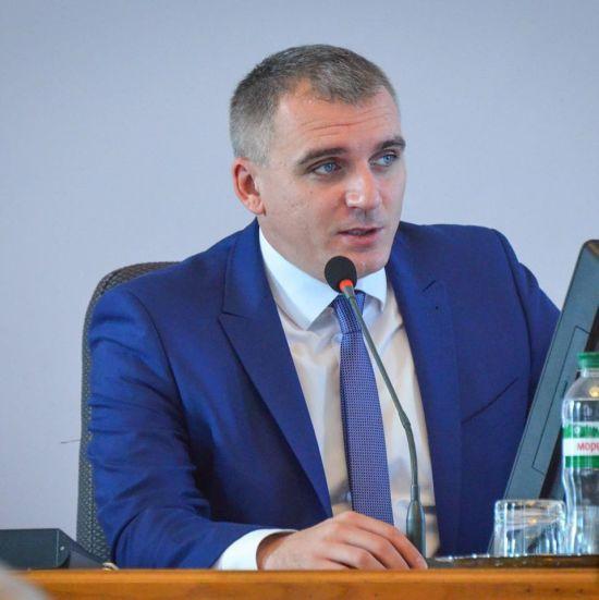 Не виправдав довіри: у Миколаєві депутати відправили мера у відставку