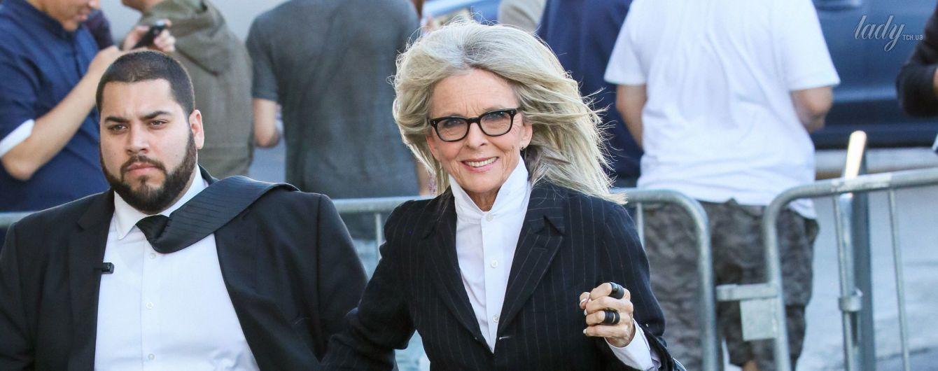 В полосатом костюме и с огромной сумкой: 71-летняя Дайан Китон на улицах Лос-Анджелеса