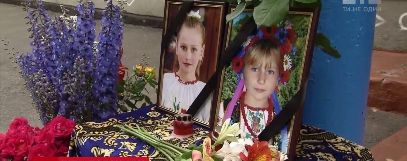 Подробиці трагедії на Київщині: швидка їхала на місце загибелі школярок півгодини