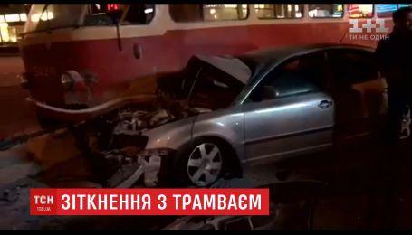 Депутат Олег Барна приходить до тями після нічної ДТП на Проспекті Перемоги