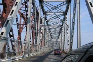 Черкасский мост через Днепр закроют на ремонт