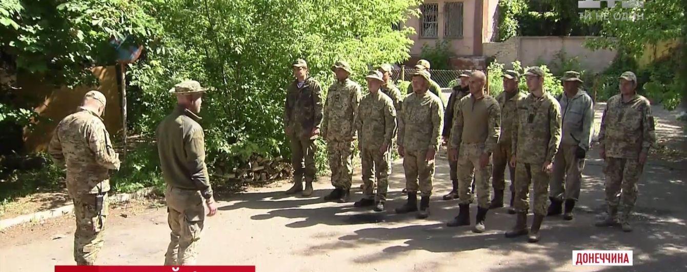 """Атака на Новолуганське: військові """"загасили"""" противника зустрічним вогнем"""