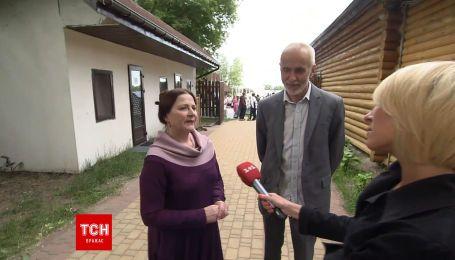 Батьки Тоні Матвієнко описали новоспеченого зятя: Арсен дуже трудолюбива людина