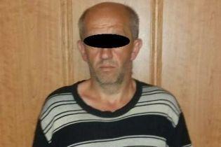 На Донеччині затримали чоловіка, який встиг по два рази повоювати за ЗСУ і бойовиків