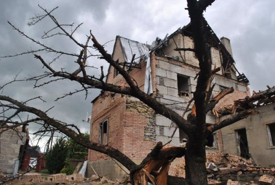 Бойовики обстріляли приватні будинки у Мар'їнці