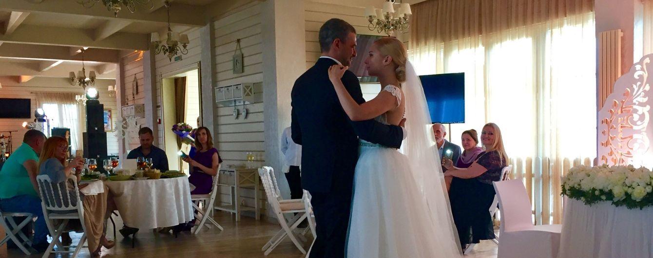 В Сети появилось видео свадебного танца молодоженов Матвиенко и Мирзояна