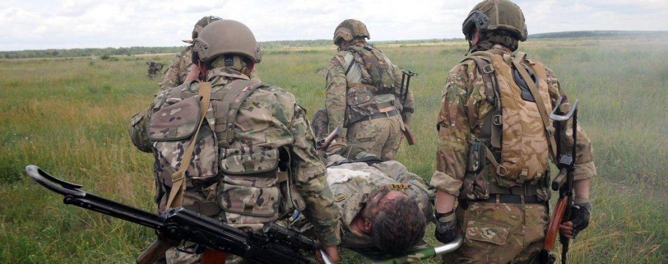 Четверо раненых и травмированных бойцов и минометный огонь боевиков. Как прошли сутки в зоне АТО