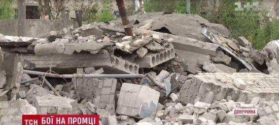 Бойовики прямим влучанням знищили хату в Авдіївці