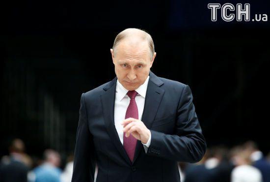 Путін поки що не готовий говорити про відповідь на нові санкції США