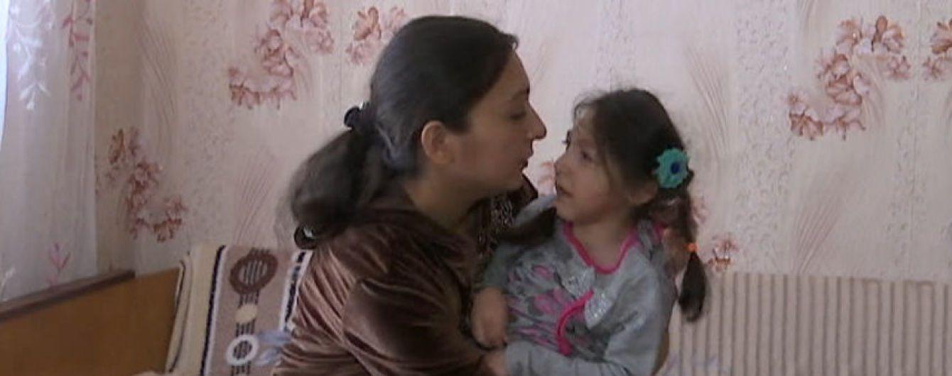 8-річна Світланка бореться зі страшними судомами: допоможіть їй негайно пройти терапію