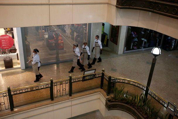 У торговому центрі в столиці Колумбії прогримів потужний вибух: є жертви та поранені