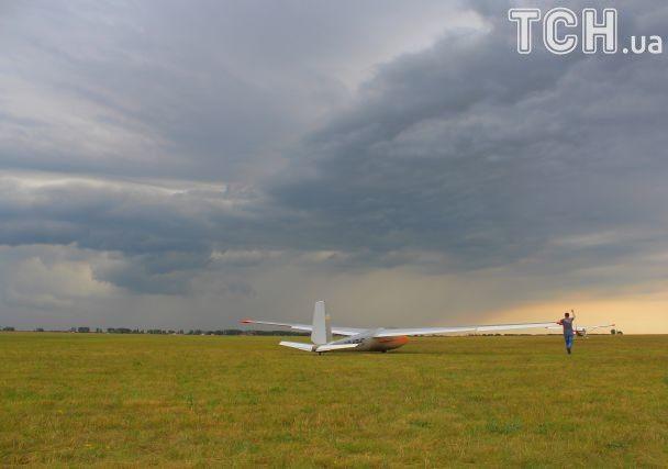 Невагомість і кайф: як українські планеристи підкорюють небо