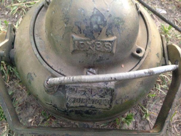 На Черниговщине пограничники обнаружили два танковых прожектора в свертке из России